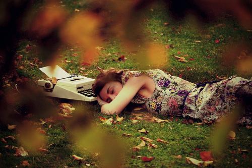écrivain endormi