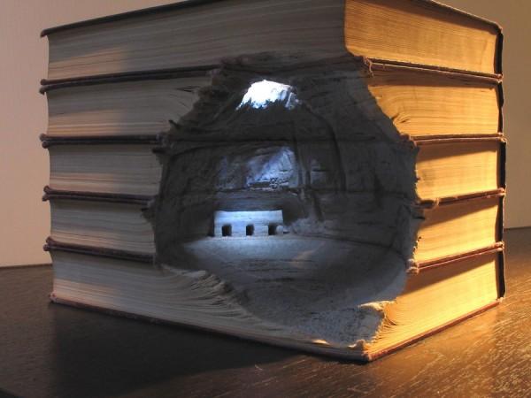 sculpture livre grotte